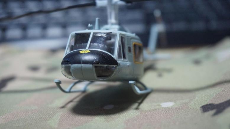 イージーモデルUH1空軍基地 (4)