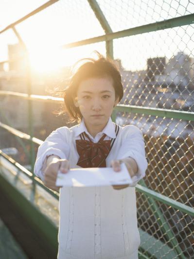 生駒里奈ファーストソロ写真集『君の足跡』2