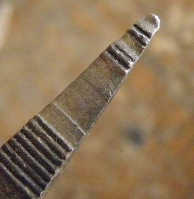 アクセサリー作りのペンチとヤットコ (1)