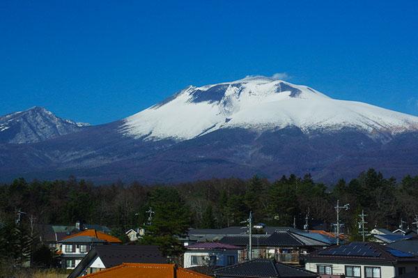 軽井沢付近からの浅間山