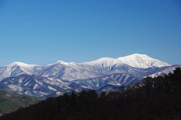 冠雪の早池峰