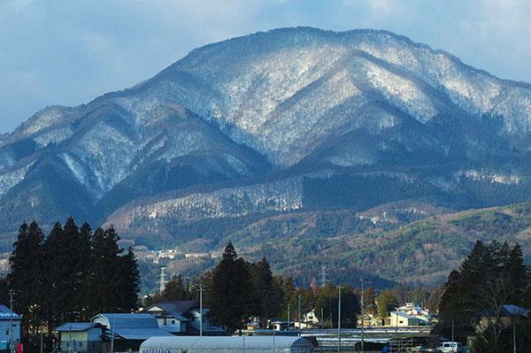 新幹線から東根山