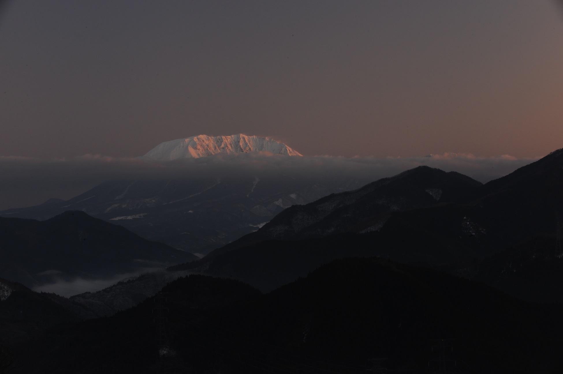 朝焼け大山