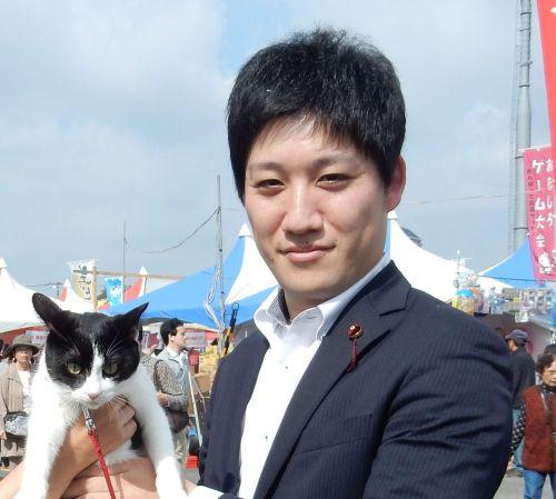 練馬区議会議員 井上勇一郎先生  500