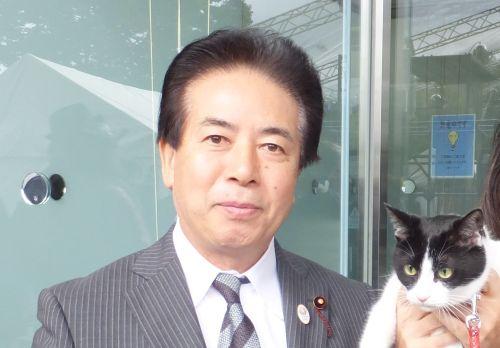中野区議会議長 北原ともあき先生 500