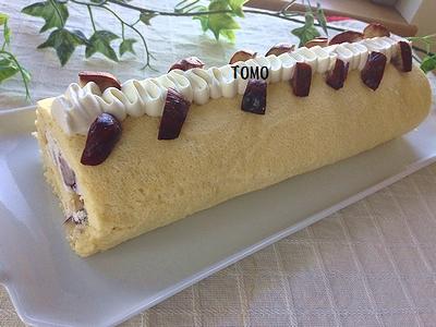 栗の渋皮煮のロールケーキ