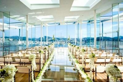 天空の結婚式場