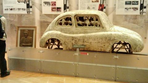 スバル車石