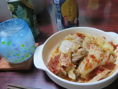 豚肉と白菜とトマト缶の重ね蒸し