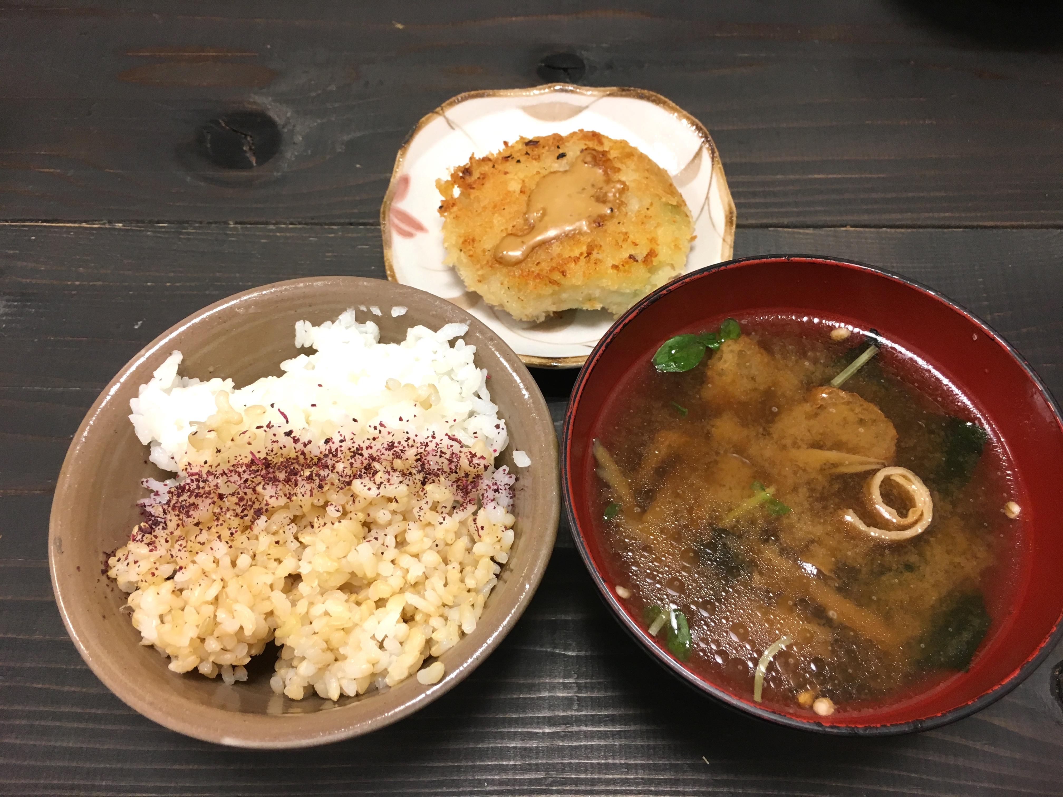 喜菜亭コロッケ