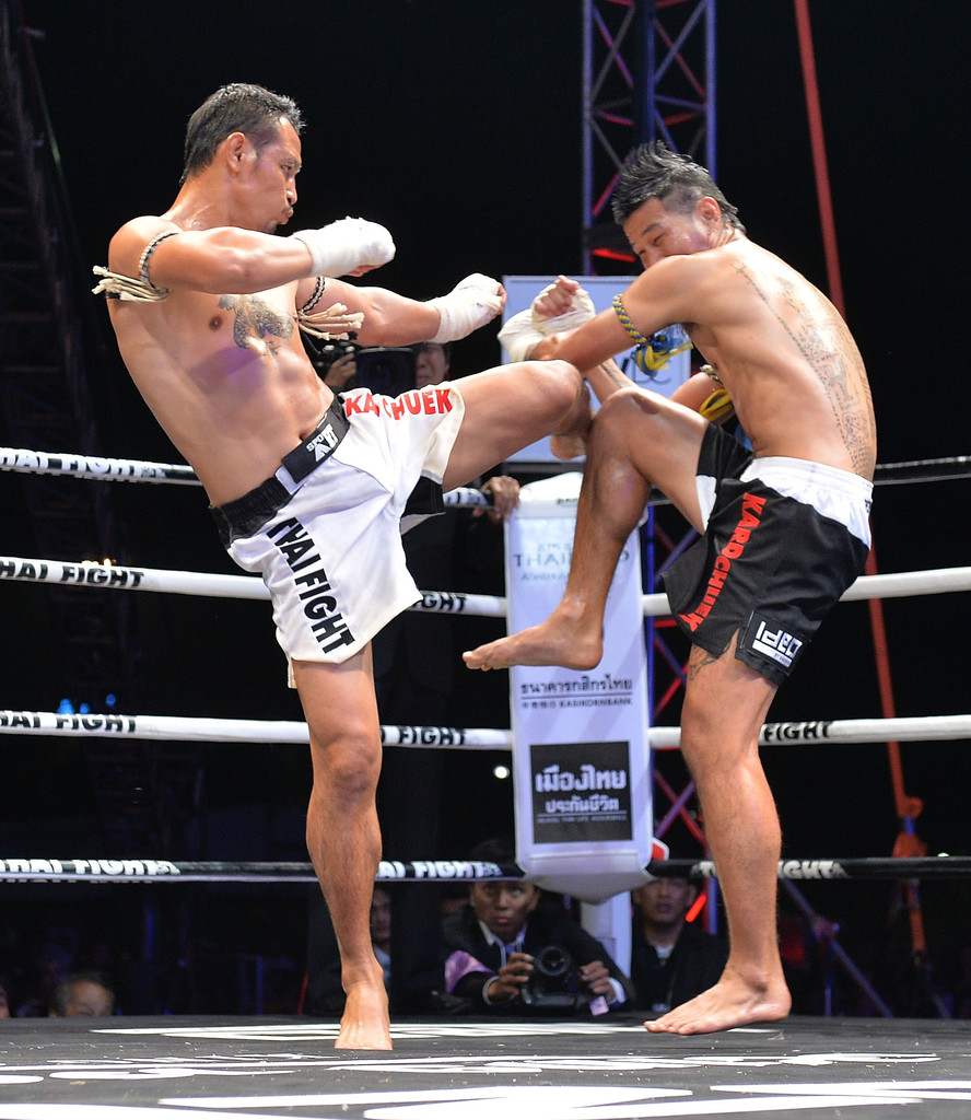 Thai+Fight+2013+dYzXmvXxF-ux.jpg