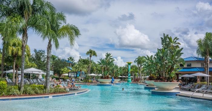 resort-981656_1280.jpg