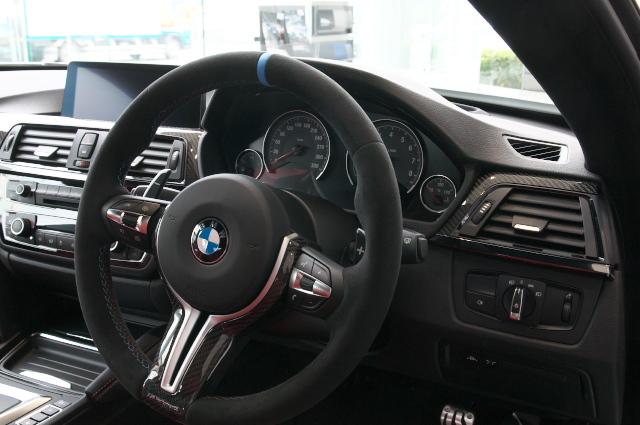 BMW/M4-0