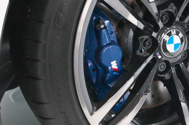 BMW/M4-04