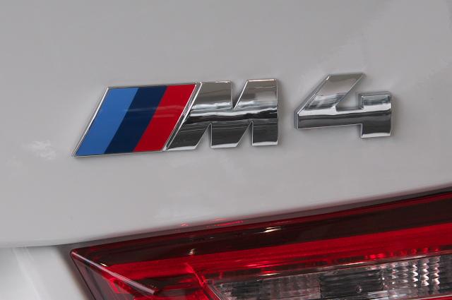 BMW/M4-07