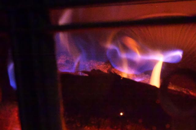 薪ストーブの燃焼