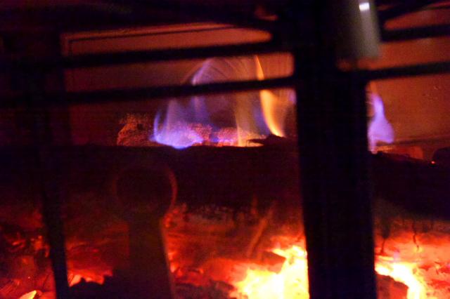 薪ストーブの燃焼-02