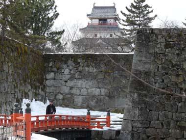 廊下橋と天守閣東面