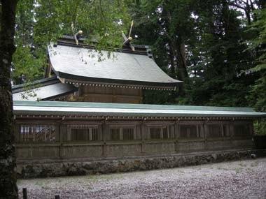 葛城神社本殿