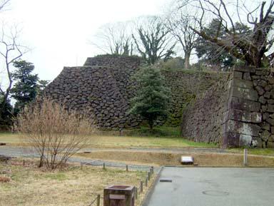 金沢城丑寅櫓台石垣