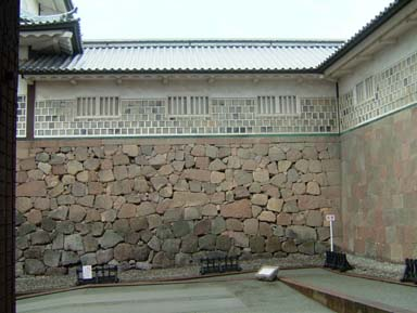 金沢城石川門桝形左手石垣