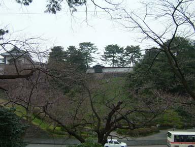 金沢城鶴の丸長塀石落