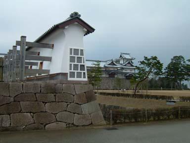 金沢城菱櫓遠望