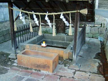 壷井八幡宮の壷井清水