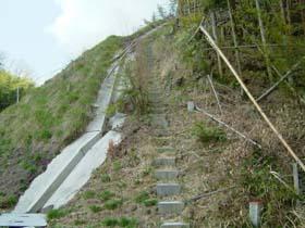 登り口階段