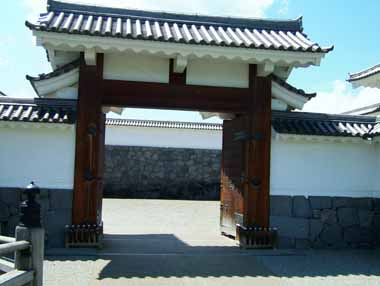 二の丸東大手高麗門(表)