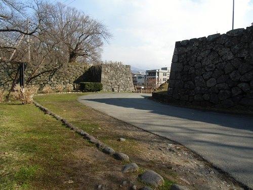 山形城二の丸南大手門跡枡形(2015)