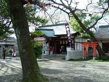 若江鏡神社拝殿
