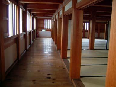 巽櫓内部の廊下