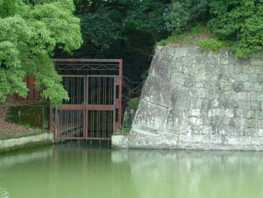 本丸堀への導水入り口