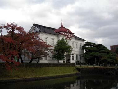 鶴岡城大宝館