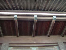 移築門正面天井