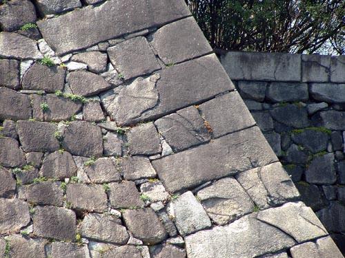 本丸石垣刻印