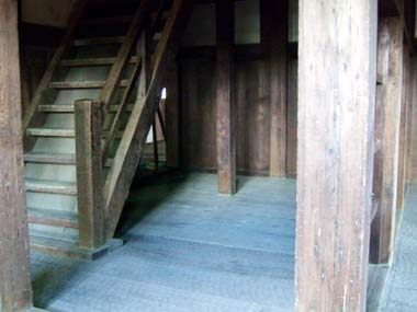 六番櫓一階階段登り口