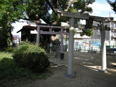 水尾城址に祀られる伯光神社