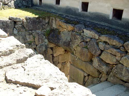 埋め門入り口