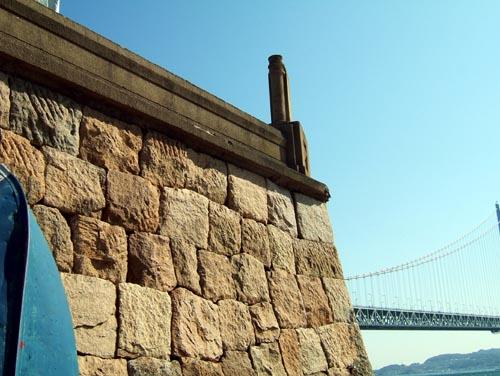 砲台石垣(海岸より)3