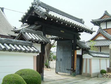 浄照寺移築門1