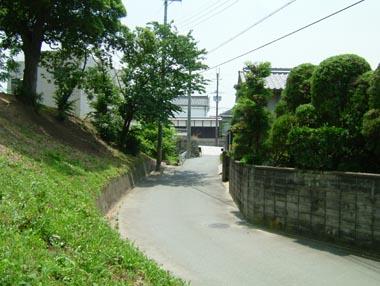 柳本陣屋門跡の石垣