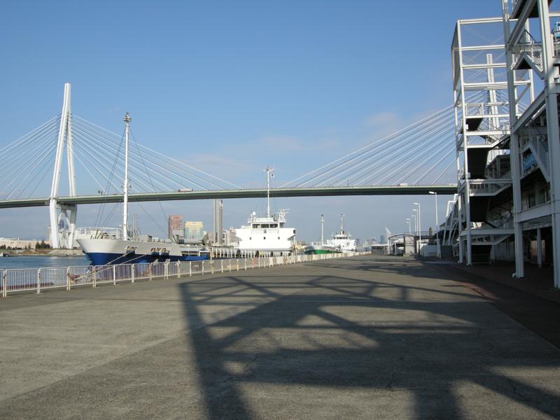 元旦の大阪港