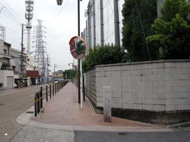 長尾街道(五箇荘中学前)