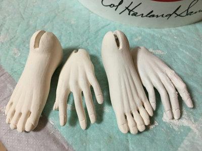 20151211 球体関節人形 下地塗りをした手足