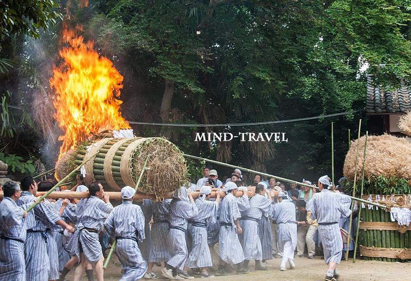 ほうらんや火祭 春日神社