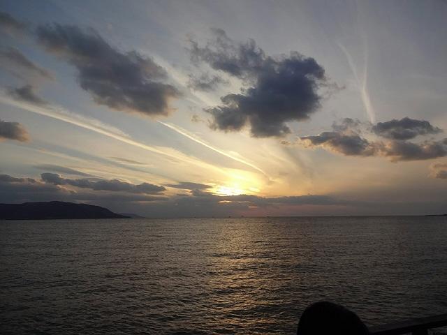 明石海峡のサンセットBBQ @ シーサイド忘年会@ゲラゲラハウス垂水♪