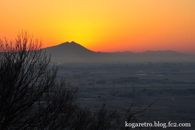 太平山の朝日2
