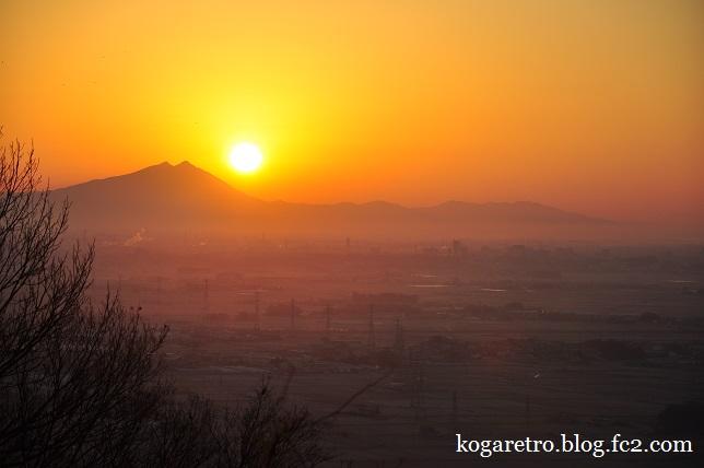 太平山の朝日